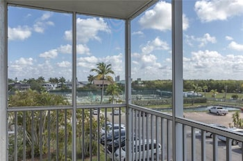 Bonita Beach and Tennis 4302 1 3rd Floor 2 Heated pools Sleeps 4 1 Br condo by RedAwning