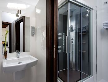 Roisa Suites - Bathroom  - #0