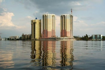 Beau Rivage 1702 MO 2 Br condo by RedAwning