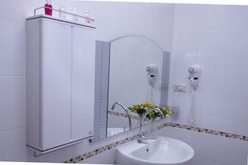 Ville De La Vie - Bathroom Sink  - #0