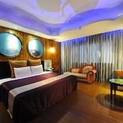 紫晶彩繪汽車旅館