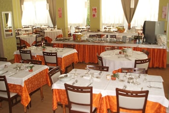 Hotel Sandra - Restaurant  - #0