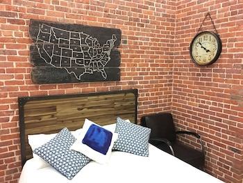 The Nomad Suites-Midtown Apartment