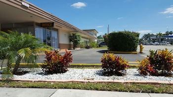 Parkway Inn Airport Motel Miami