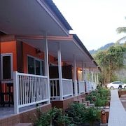 蘇梅島親善平房旅館