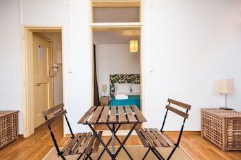 ShortStayFlat Alfama e Castelo - In-Room Dining  - #0