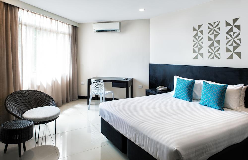 Tanoa International Dateline Hotel