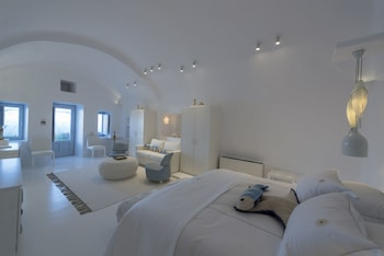 Canaves Oia Sunday Suites - Guestroom  - #0