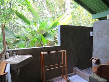 Tiskita Jungle Lodge - Bathroom  - #0