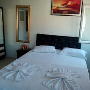 卡贊吉克公寓飯店