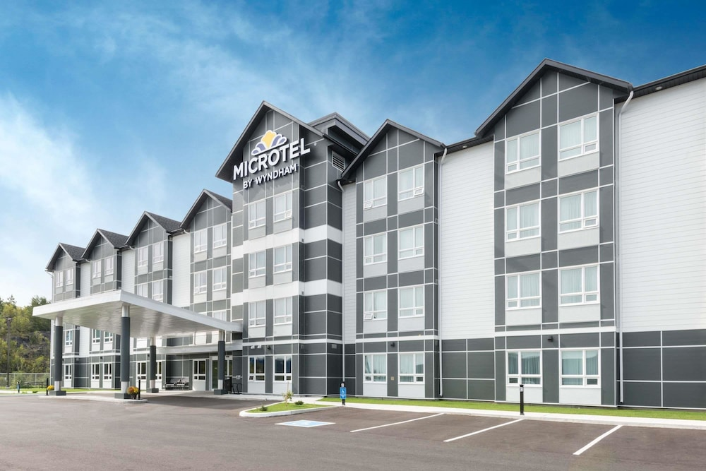 Microtel Inn & Suites by Wyndham Sudbury