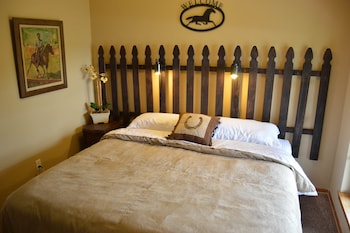 Night Bird Ranch - Guestroom  - #0