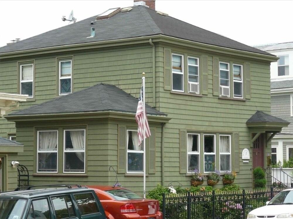 Kitt Shepley Guest House