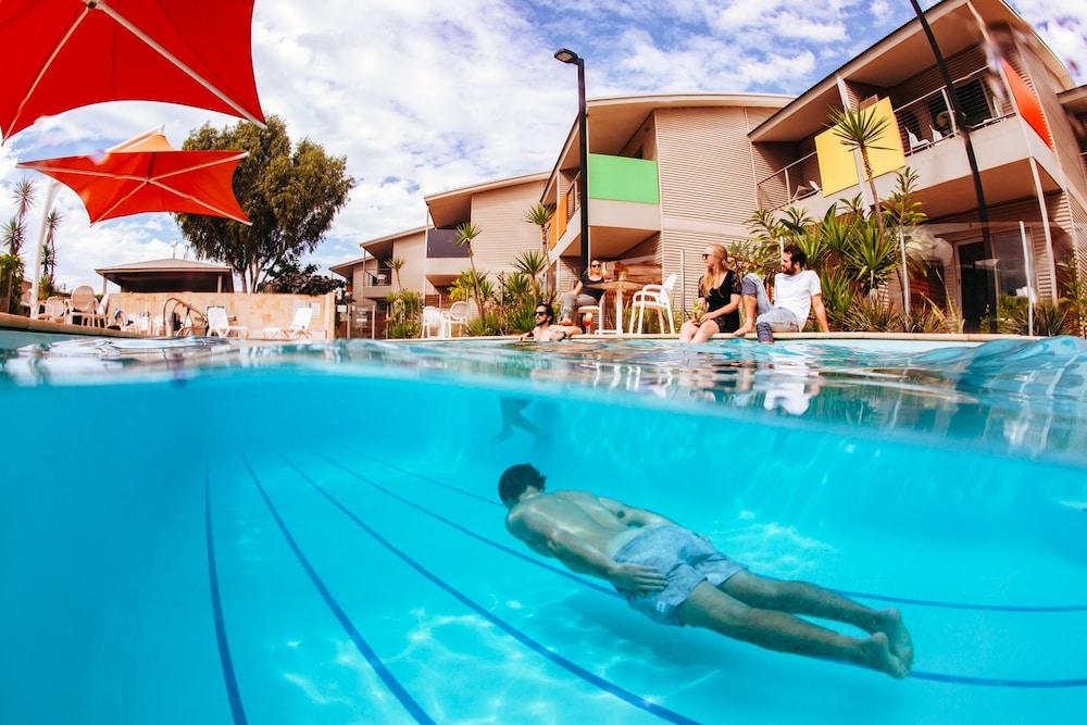 Onslow Beach Resort