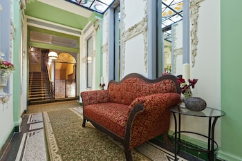 Prague Holiday Apartments - Lobby Sitting Area  - #0