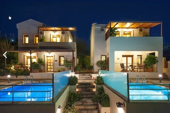 Bluefairy Villas - Hotel Front  - #0