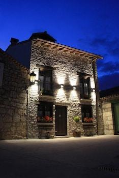 Photo for Hotel Rural La Tenada in Carcedo de Burgos