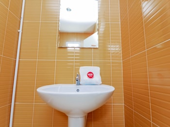NIDA Rooms Grand Solitaire Mak Khaeng - Bathroom Sink  - #0