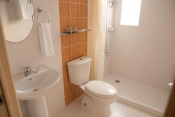 M Suites Hotel - Bathroom  - #0