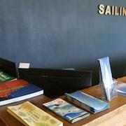 嬉風帆船旅店