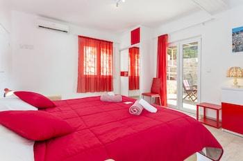 Apartments Nona in Hvar