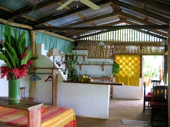 Playa Escondida Lodge