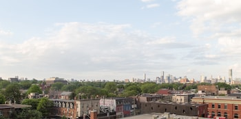 Queen West Vibes - City View  - #0