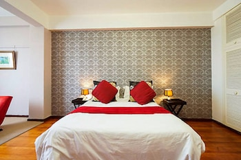 Photo for Parkview Holiday Apartments in Durban