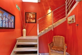 Forty8 Backpackers - Hostel - Staircase  - #0