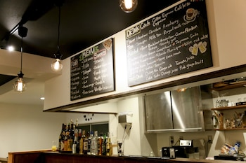 Roots Hostel - Cafe  - #0