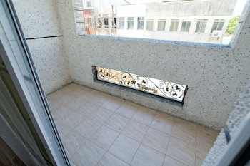 Little Bed and Breakfast - Balcony  - #0