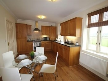 I Stay Serviced Apartments - Bradlaugh House