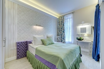 Photo for Luxury apartments on Nevsky 22 in St. Petersburg