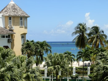 Sandcastles Beach Resort
