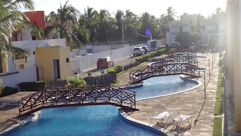 Condomínio Paraíso de Maracajaú I - Outdoor Pool  - #0