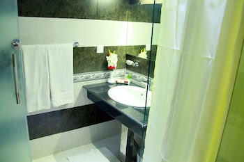 Hotel One Abbottabad - Bathroom  - #0