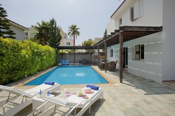 Villa Skyros