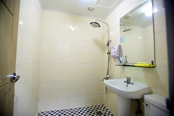Jamjali Hotel - Bathroom  - #0