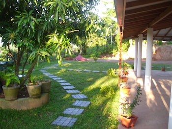 Mount View Villa Resort Mirissa - Property Grounds  - #0