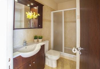 Mackenzie Eftyhia Suite - Bathroom  - #0
