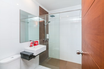 ZEN Rooms Sanur Tamblingan - Bathroom  - #0