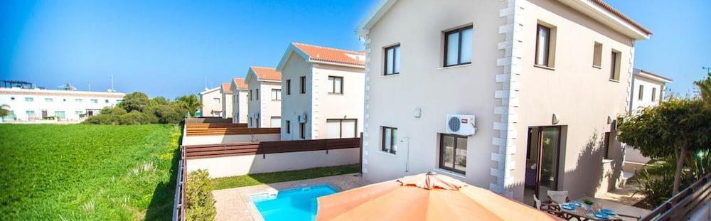 Oceanview Luxury Villa 006