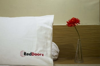 RedDoorz @ Slipi - In-Room Amenity  - #0