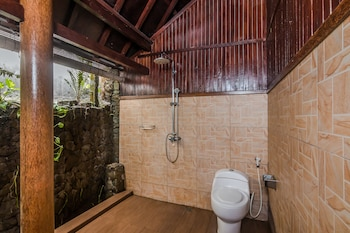 ZEN Rooms Ubud Penestanan Sayan - Bathroom  - #0