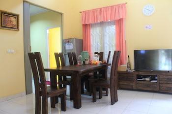 ZEN Rooms Cendana Mulia Pajajaran - In-Room Dining  - #0