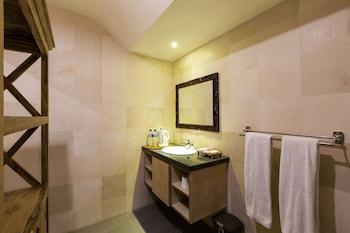 Umah di Seminyak - Bathroom  - #0