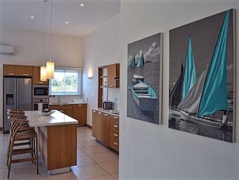 Cap Malheureux Luxury Apartments - In-Room Kitchen  - #0