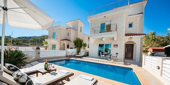 Photo for Oceanview Luxury Villa 045 in Larnaca