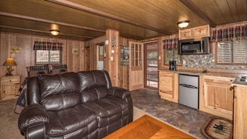 Canyon Cabins in Ruidoso, New Mexico
