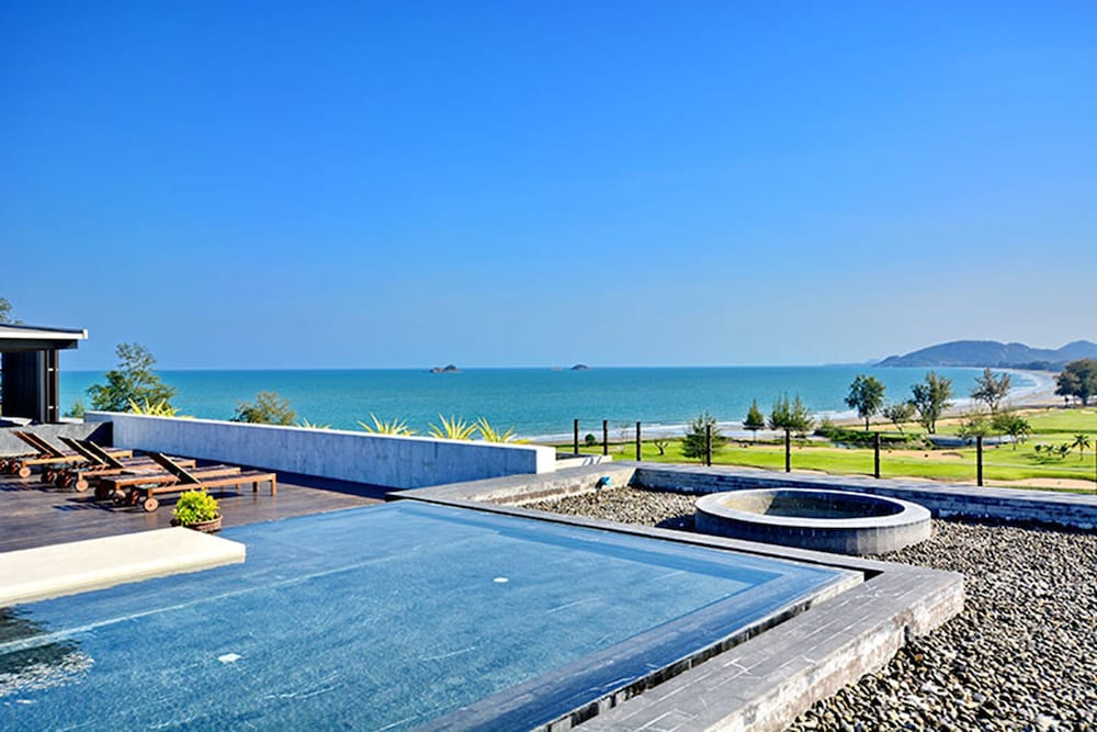 The Sanctuary Hua Hin by Puppap